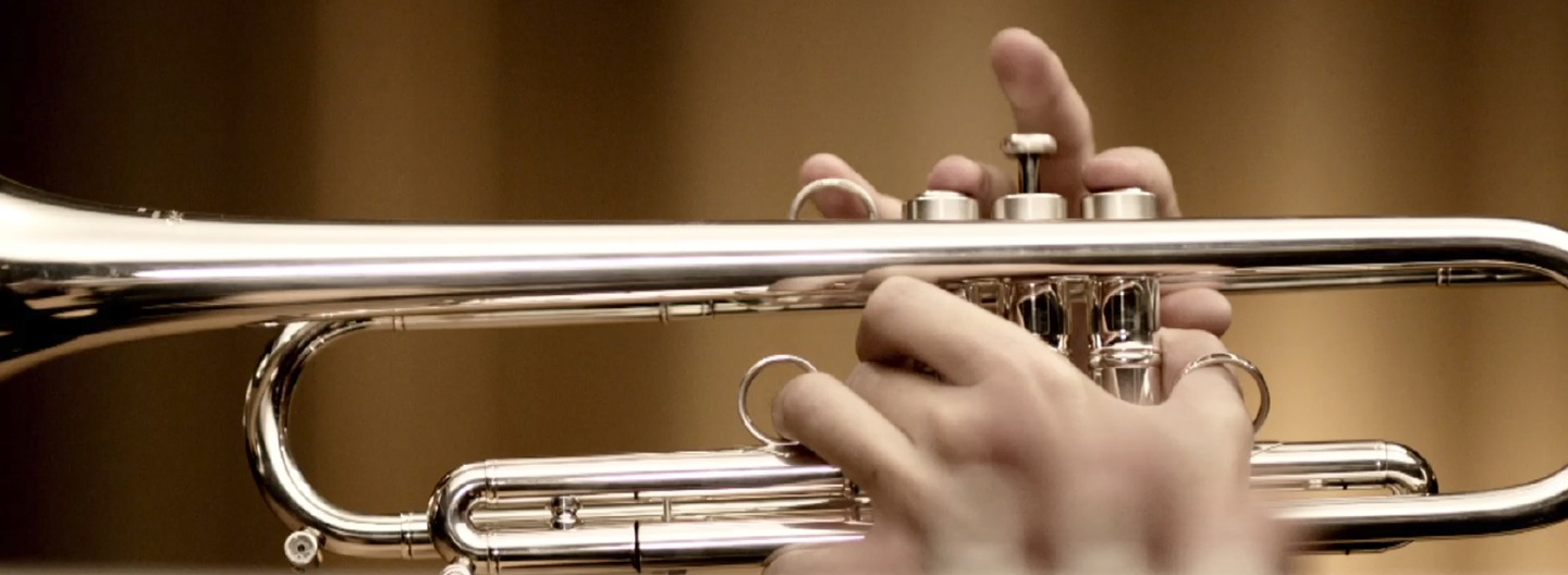 Honda prensets ¨trumpets¨ its first advertising commercial produced entirely in Argetina